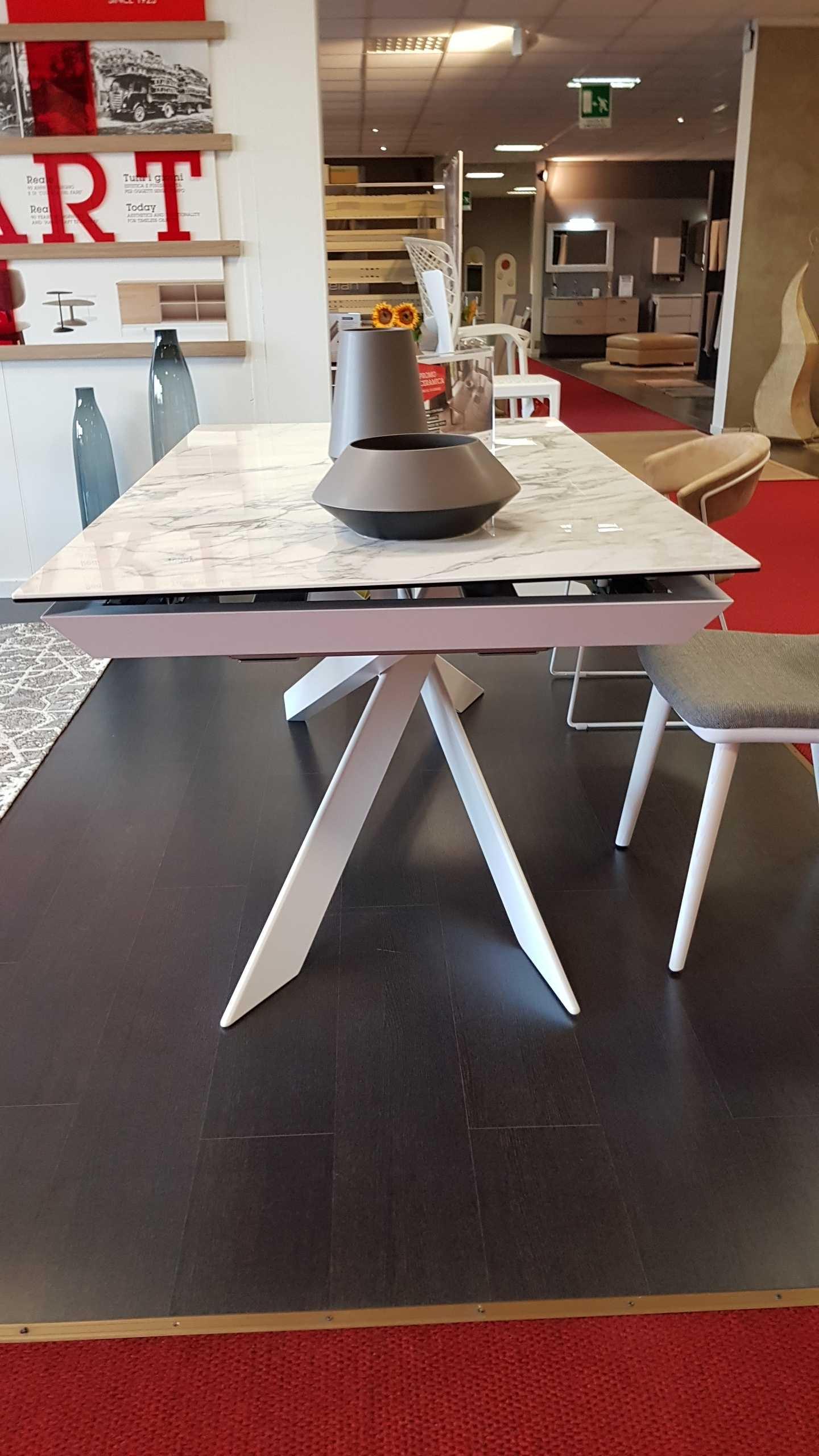 Outlet tavolo eclisse calligaris tavoli a prezzi scontati for Outlet tavoli design