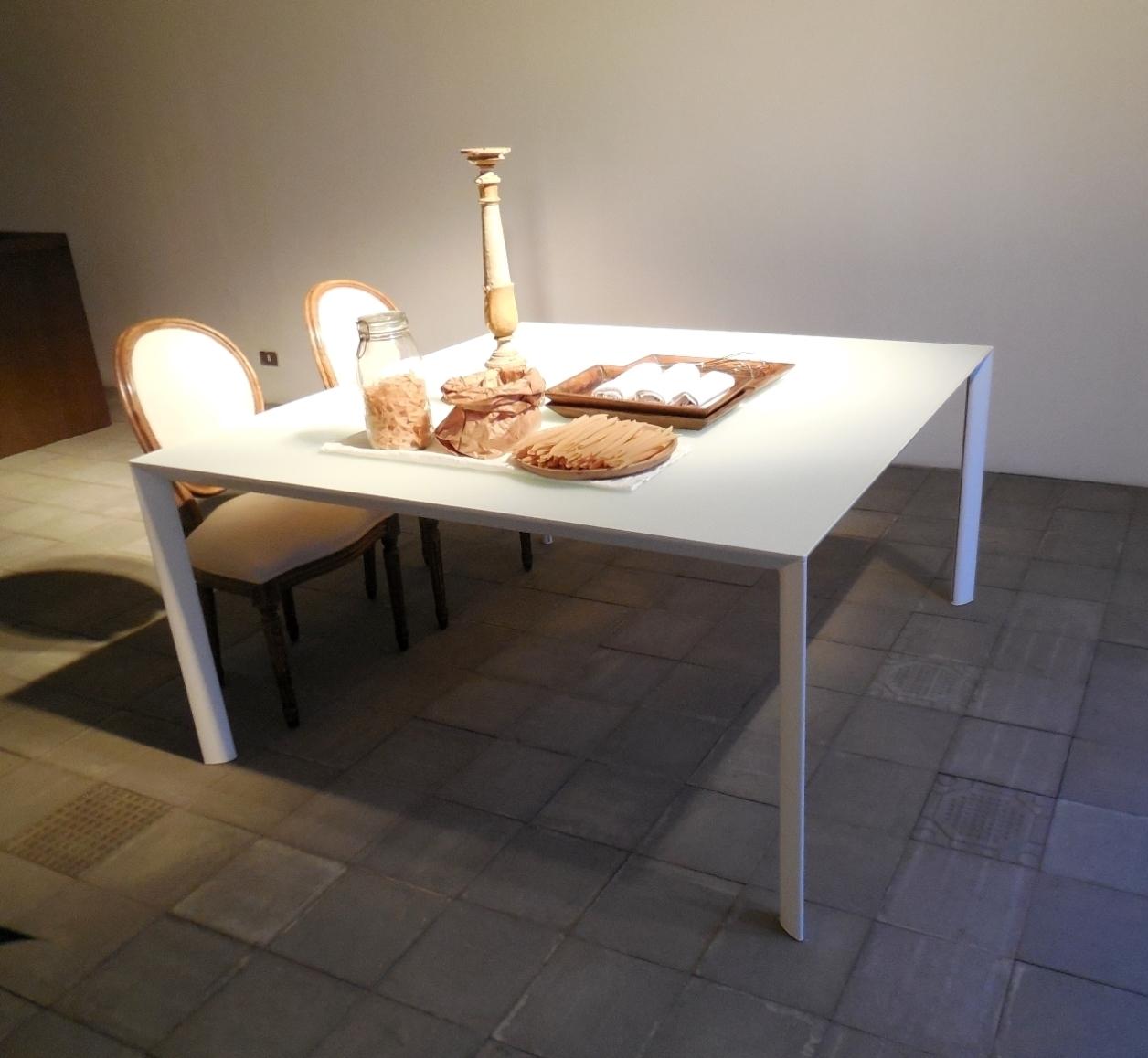 Porro tavolo promozione tavolo quadrato porro ram for Tavolo quadrato