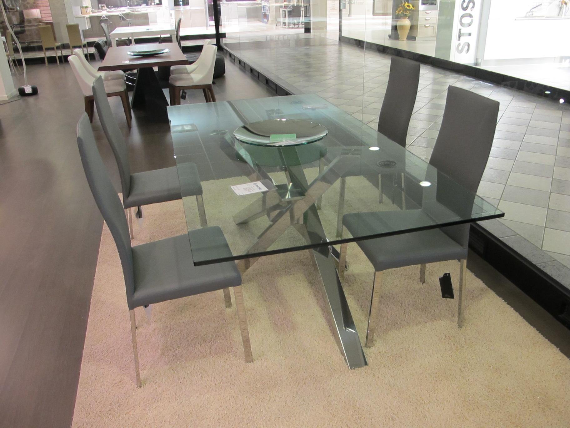 Riflessi tavolo shangai scontato del 38 tavoli a for Tavolo riflessi cristallo