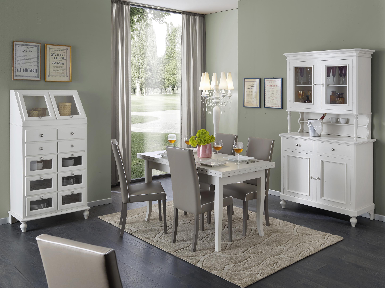 Sala completa di tavolo sedie e due vetrinette laccato for Tavolo sala da pranzo bianco