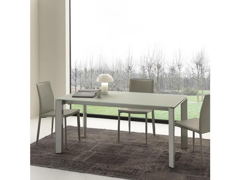 Tavolo allungabile e sedie in ecopelle scontati for Tavolo allungabile e sedie
