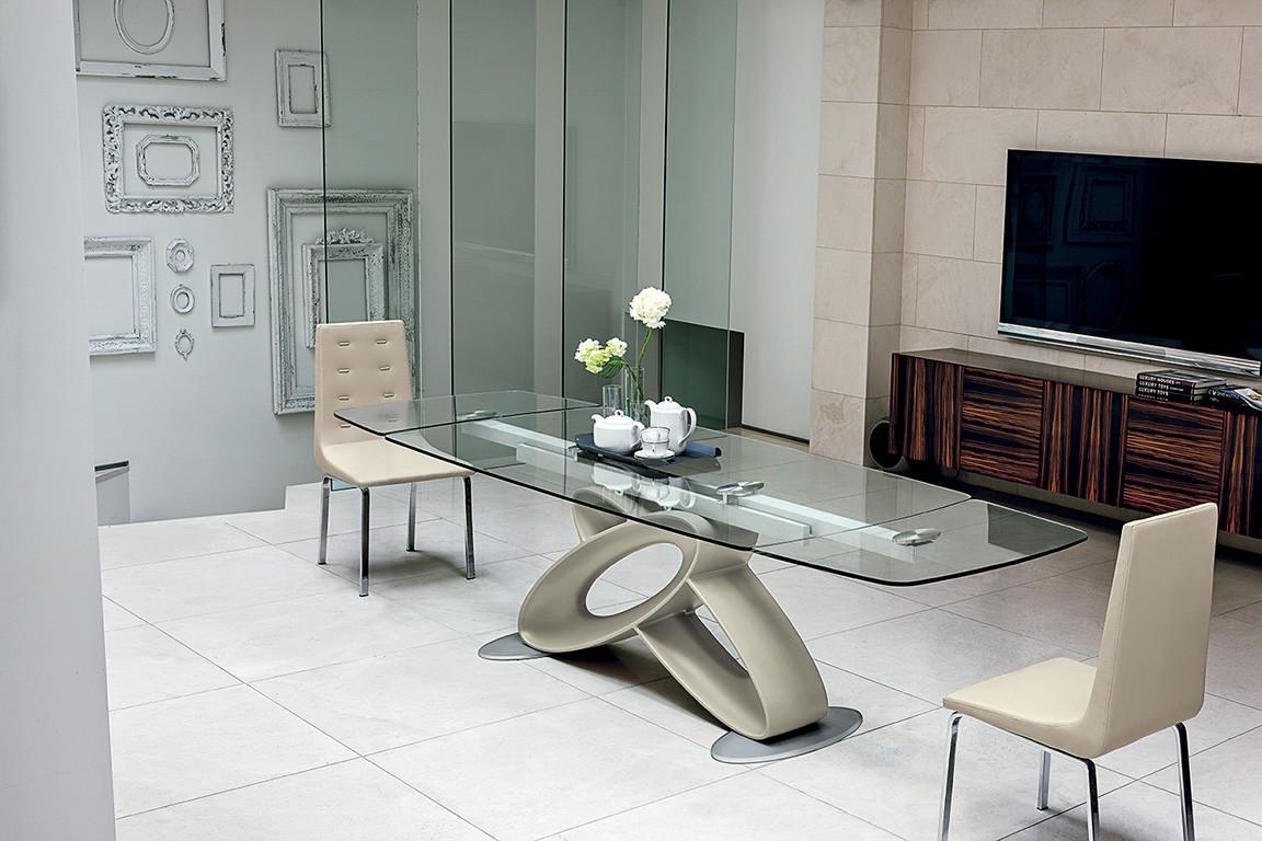 Tavolo target eclipse tavolo in ristallo rettangolari for Foto di sale da pranzo moderne