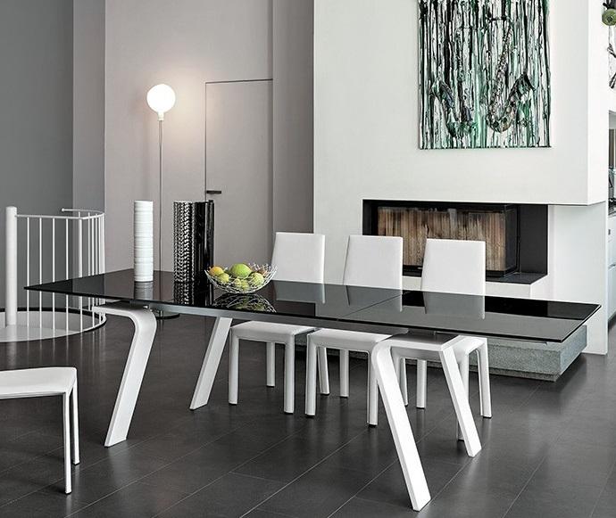Target tavolo tavolo allungabile moderno piano in for Tavolo in cristallo moderno