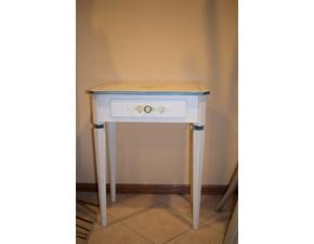 Tavolino artigianale in legno con decori