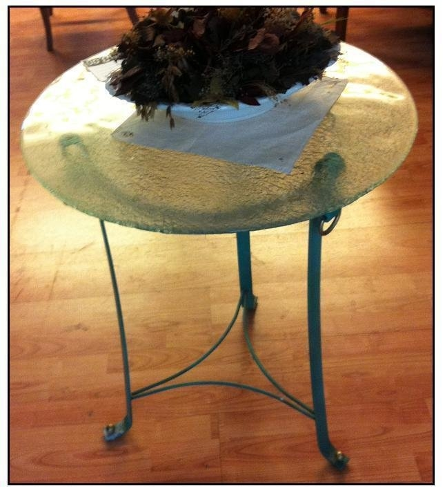 Tavolino in ferro battuto tavoli a prezzi scontati for Tavoli in ferro battuto