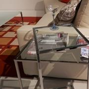 Tavolino moderno in vetro