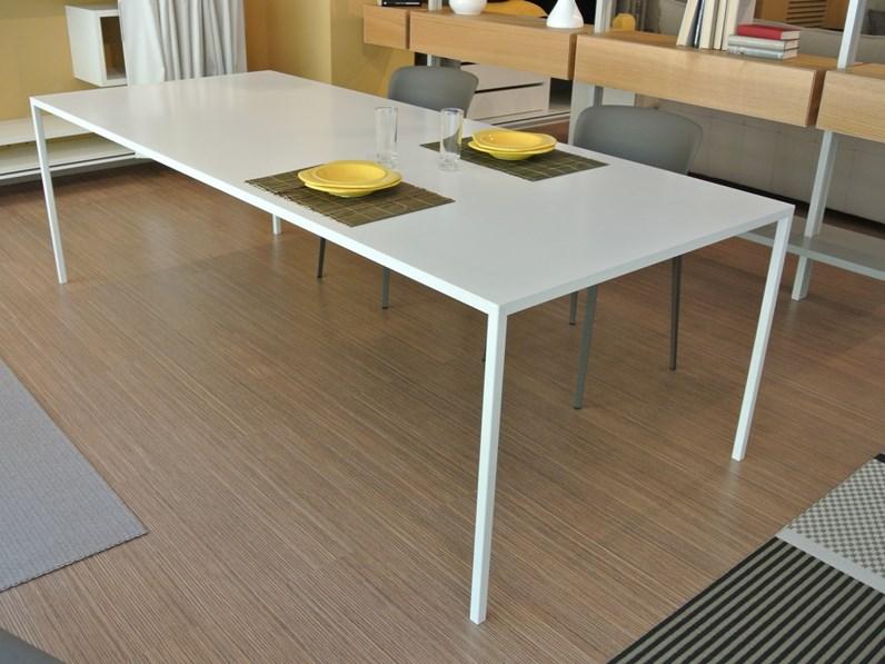 Tavolo 25 desalto in offerta for Tavoli in offerta