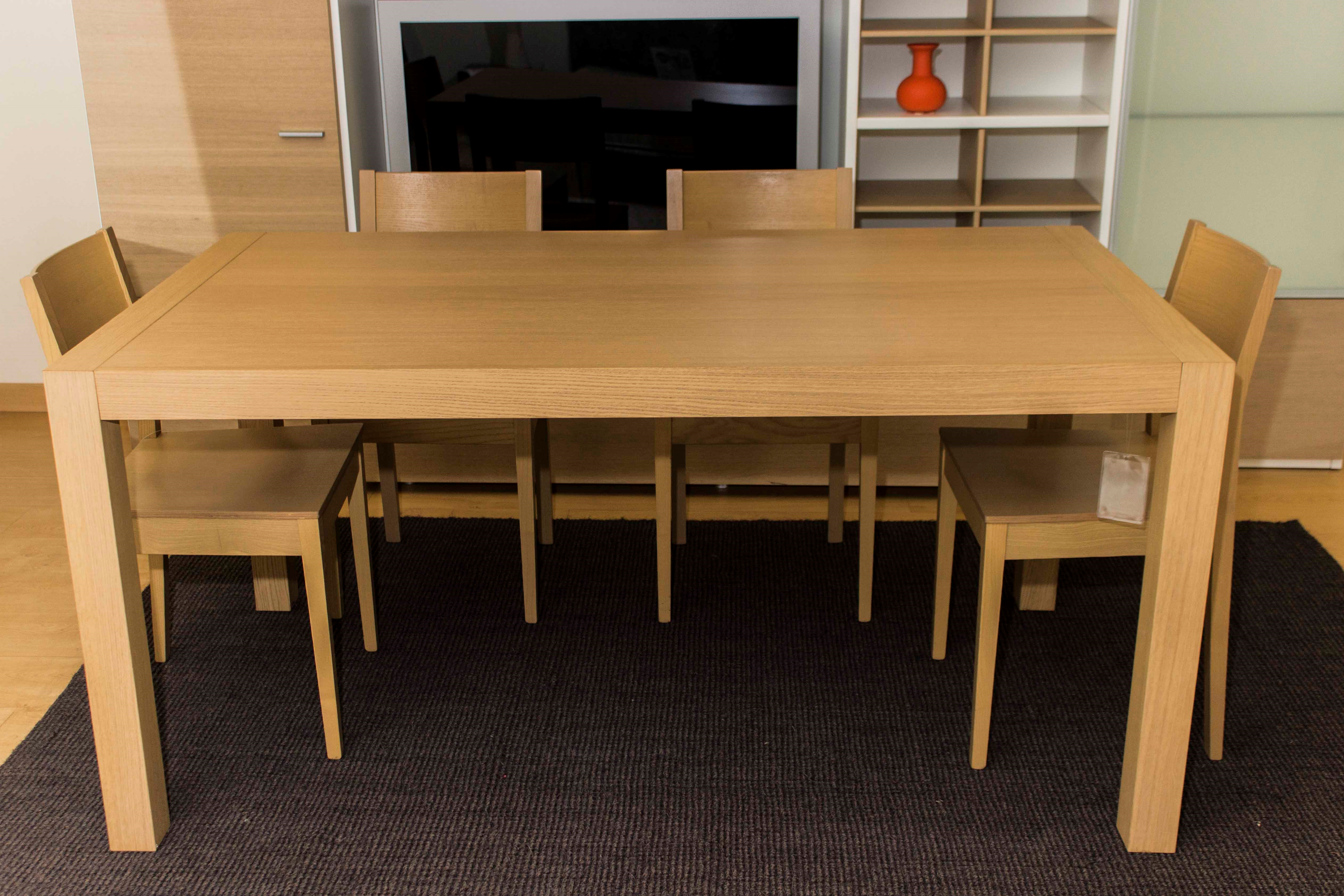 tavolo + 4 sedie Magic ditta Veneta Cucine sconto 60% - Tavoli a ...