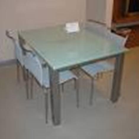 Calligaris tavolo airportone scontato del 40 tavoli a for Tavoli allungabili calligaris cristallo