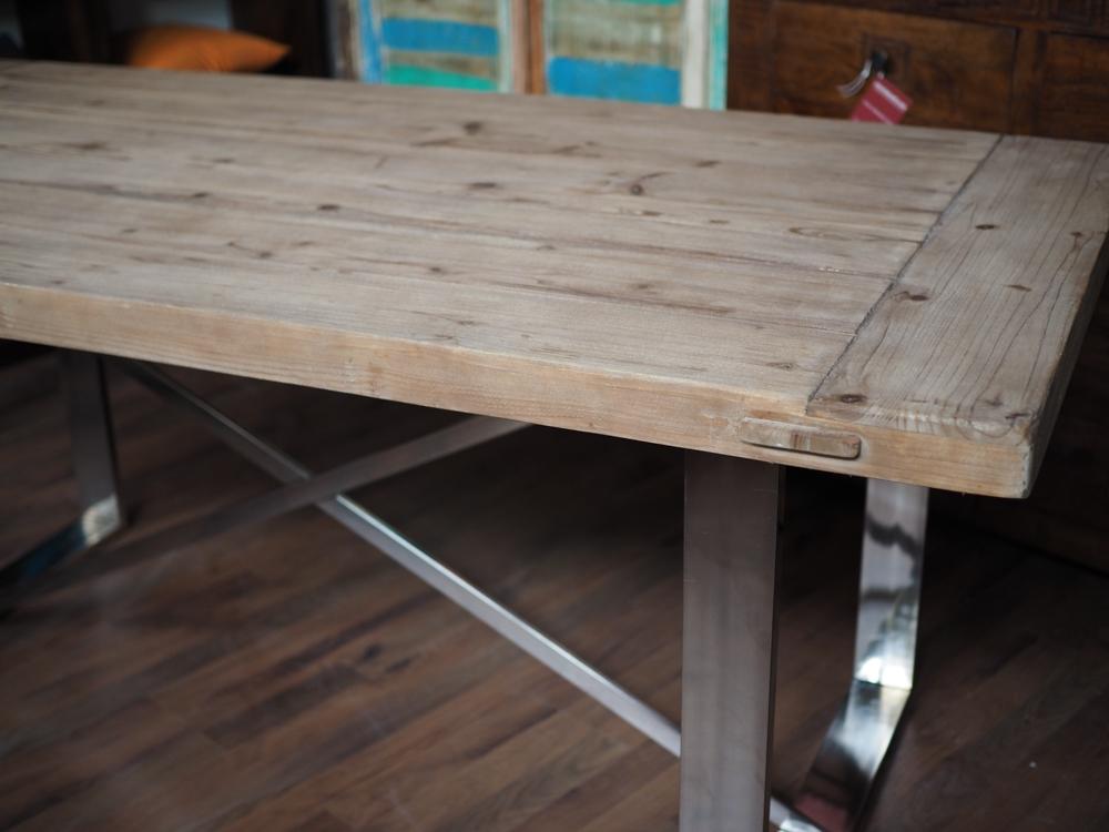 Tavolo alluminio moderno etnico tavoli a prezzi scontati for Tavolo in alluminio