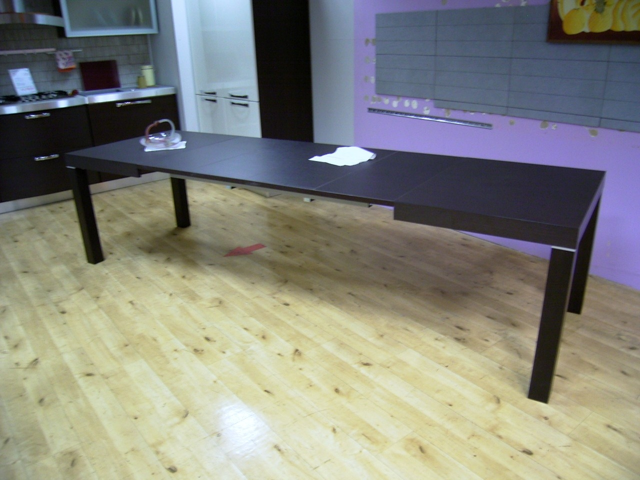 Tavolo Moderno Con Piano Laminato E Gambe Legno Wengè. Dimensioni  #436A88 1280 960 Dimensioni Tavolo Da Pranzo Per 4