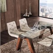 Tavolo Modello Caronte La Seggiola vetro, acciaio e noce naturale