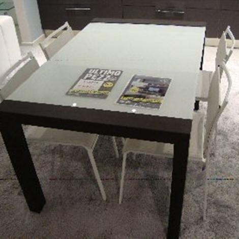 Tavolo allungabile con 4 sedie 6928 tavoli a prezzi scontati for Tavolo allungabile con sedie