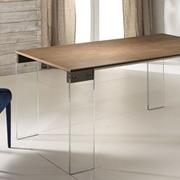 Tavolo allungabile con gambe vetro