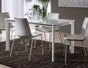 Tavolo allungabile con piano in vetro bianco e gambe bianco frassino