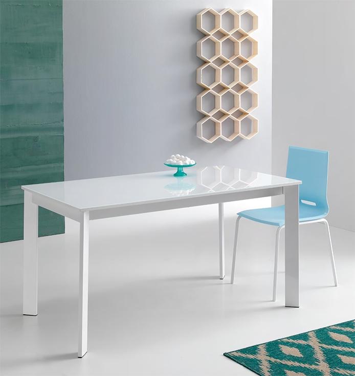 Tavolo allungabile con piano in vetro temperato nuovo a for Piani moderni in vetro