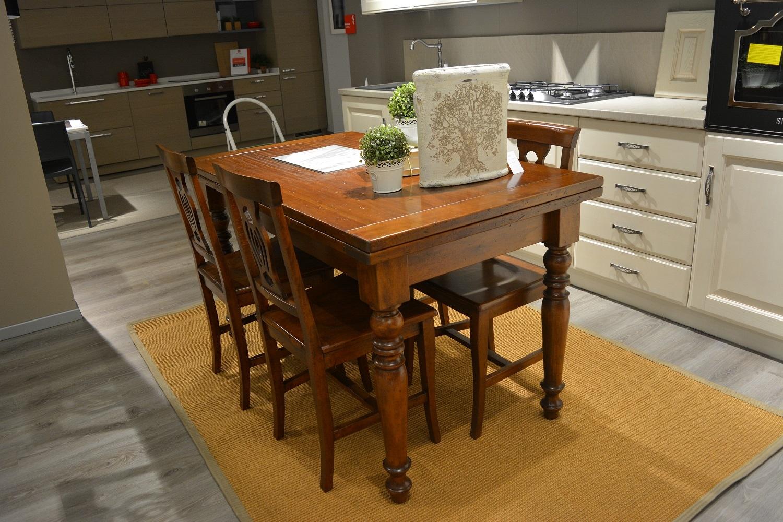 Tavolo allungabile in massello tavoli a prezzi scontati for Tavolo consolle con sedie