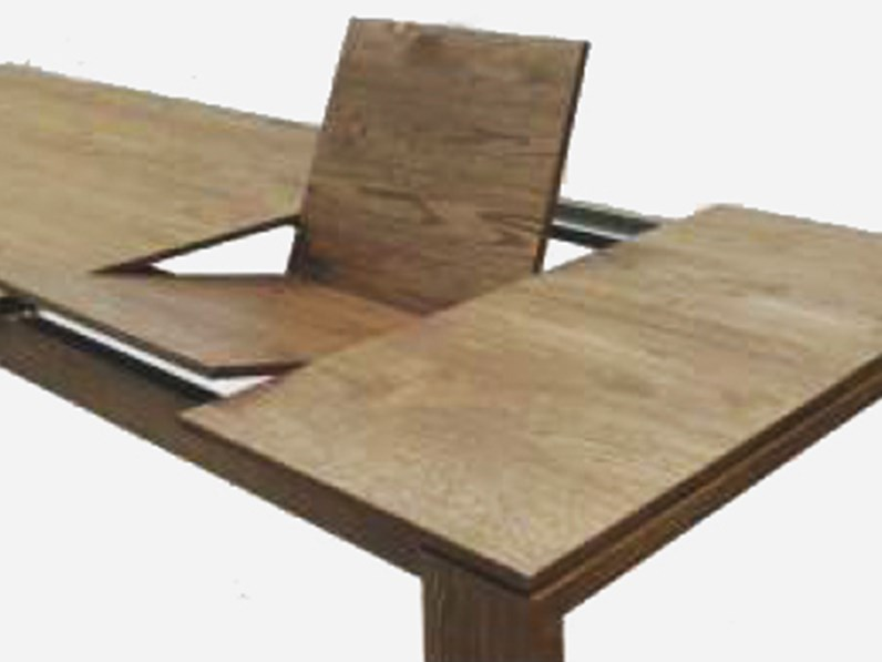 Tavolo allungabile in legno massello 140/204 cm