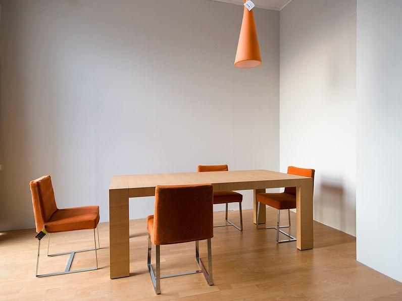 Tavolo allungabile in legno Tisettanta in Outlet