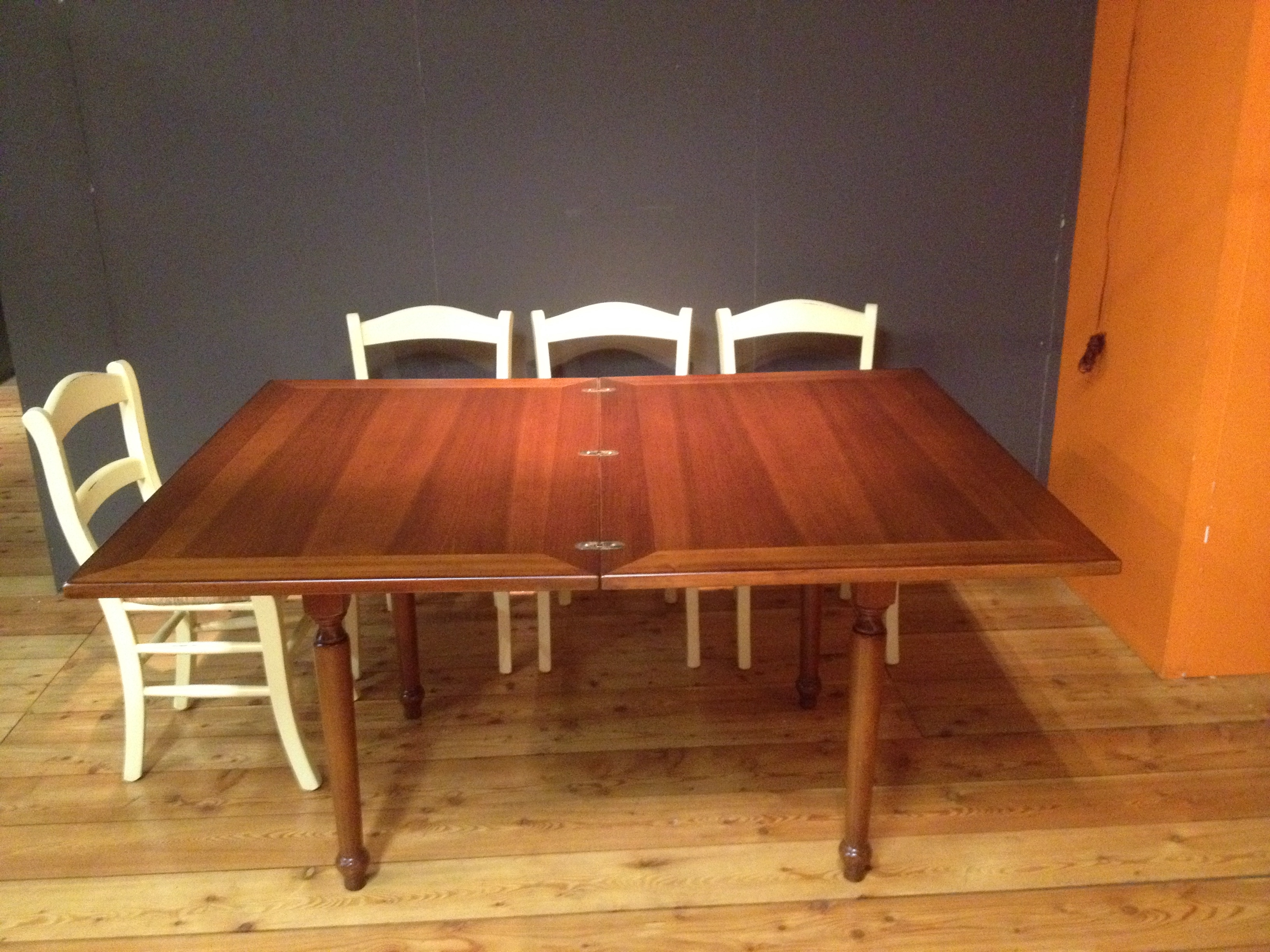 Tavolo allungabile massello tavoli a prezzi scontati - Tavolo noce massello ...