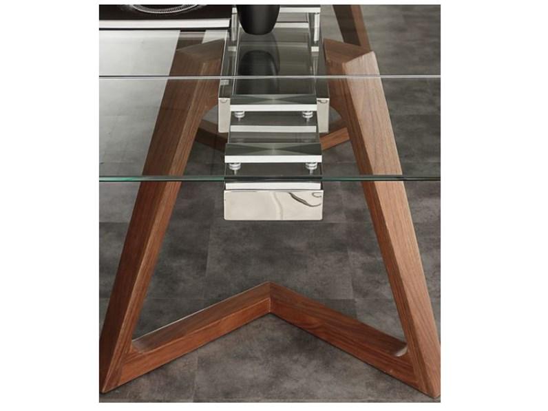 Tavolo allungabile vetro con gambe legno massello. Prezzo offerta sconto 30%
