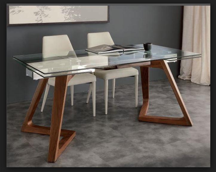 Tavolo allungabile vetro con gambe legno massello prezzo for Tavoli in legno allungabili massello