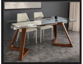 tavolo allungabile in cristallo con gamba in legno massello