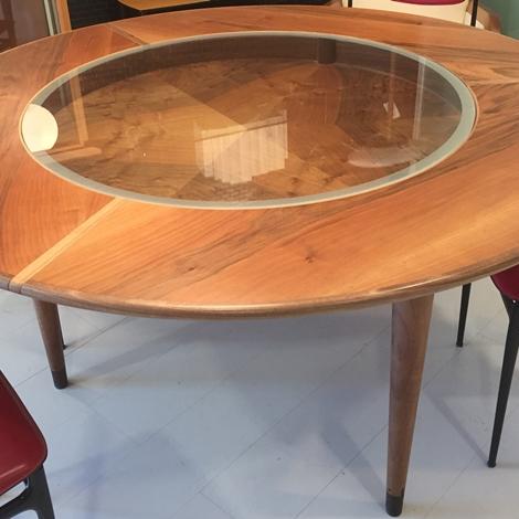 Tavolo bernini noce scontato zibaldone tavoli a prezzi for Bernini arredamento