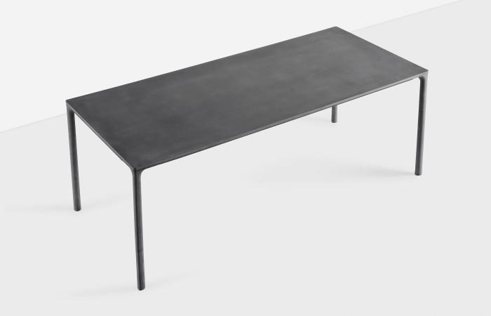 Kristalia tavolo tavolo boiacca di kristalia scontato del for Kristalia outlet