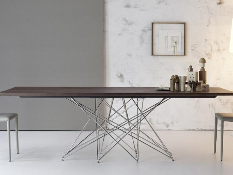 Tavolo bonaldo modello octa for Dimensione casa arredamenti