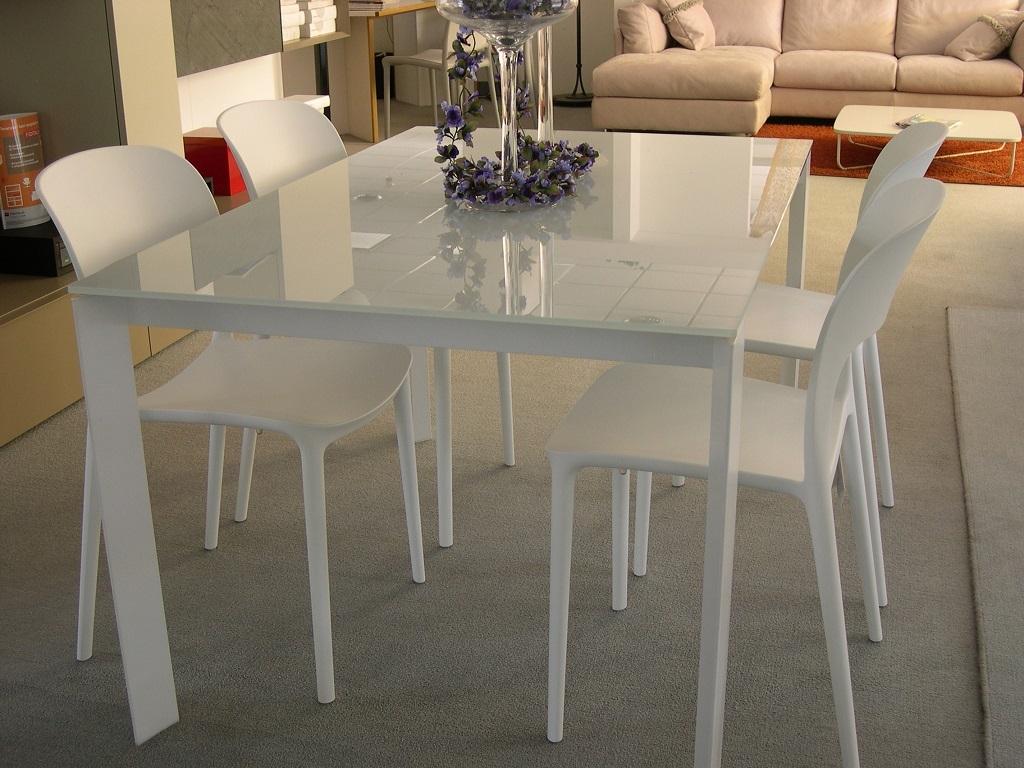 Tavolo bontempi casa pascal rettangolari allungabili vetro for Tavoli di design in cristallo