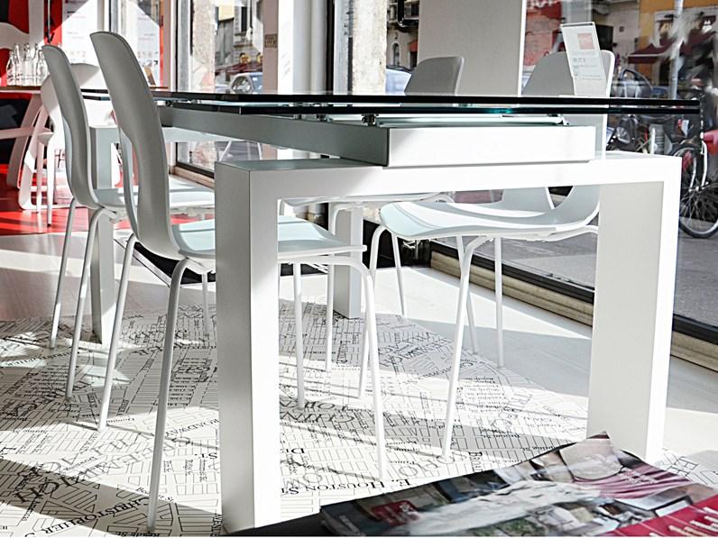 Tavolo allungabile vetro tonin casa sconto for Fontana arreda
