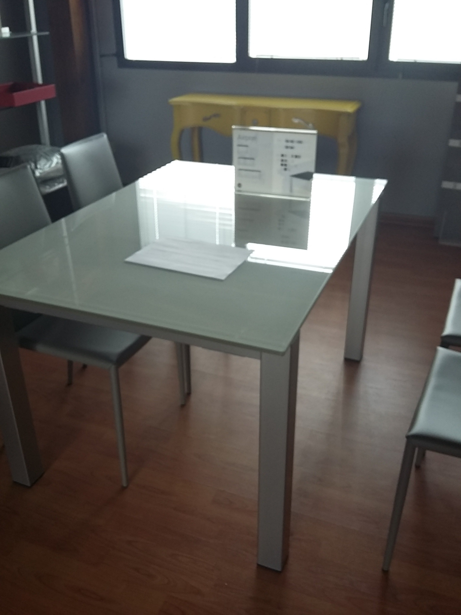 Photo : Calligaris Airport Table Images. How To Mix And Match Dining ...