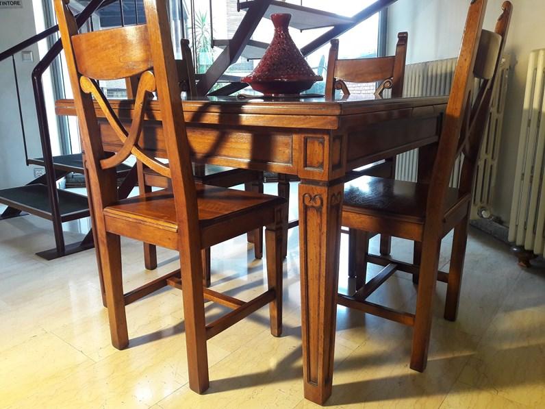 Tavolo classico legno massello completo di 4 sedie scontato for Tavolo legno noce nazionale