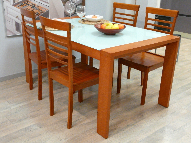 Tavolo con 4 sedie 9527 tavoli a prezzi scontati for Tavolo consolle con sedie