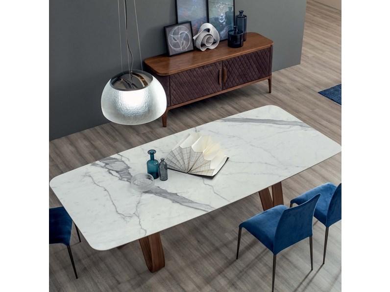 Tavolo con il piano in marmo bianco di carrara - Tavolo piano marmo ...