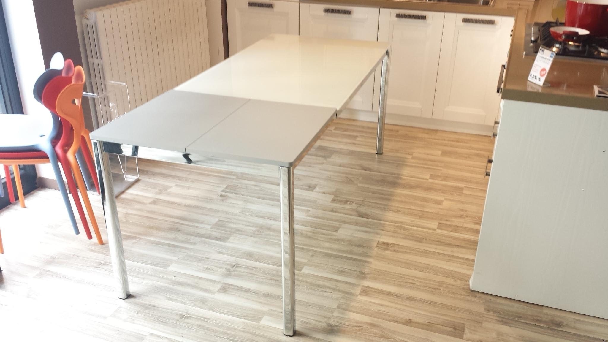 Tavolo calligaris performance scontato del 61 tavoli a prezzi scontati - Ikea tavolo vetro allungabile ...