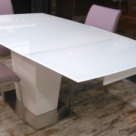 Tavoli vetro temperato tavoli vetro tavoli tavoli e serramenti treviso tavolo 4 sedie - Tavoli di design in cristallo ...