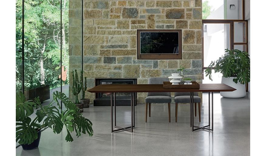 Tavolo di design dall 39 agnese scontato del 31 tavoli a for Design scontato