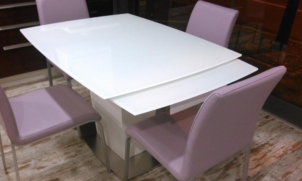 Tavolo di design tavoli a prezzi scontati for Tavoli design prezzi