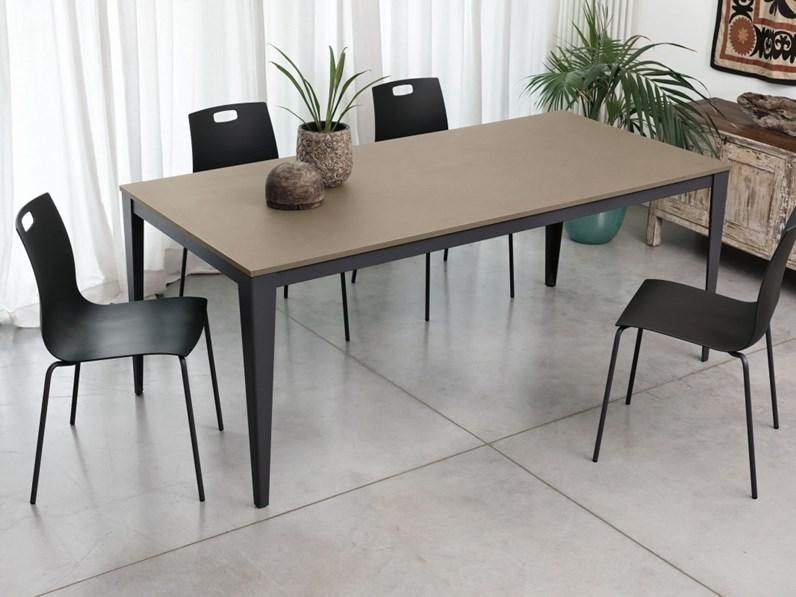 Tavolo di ingenia dom 160 prezzi outlet for Outlet tavoli