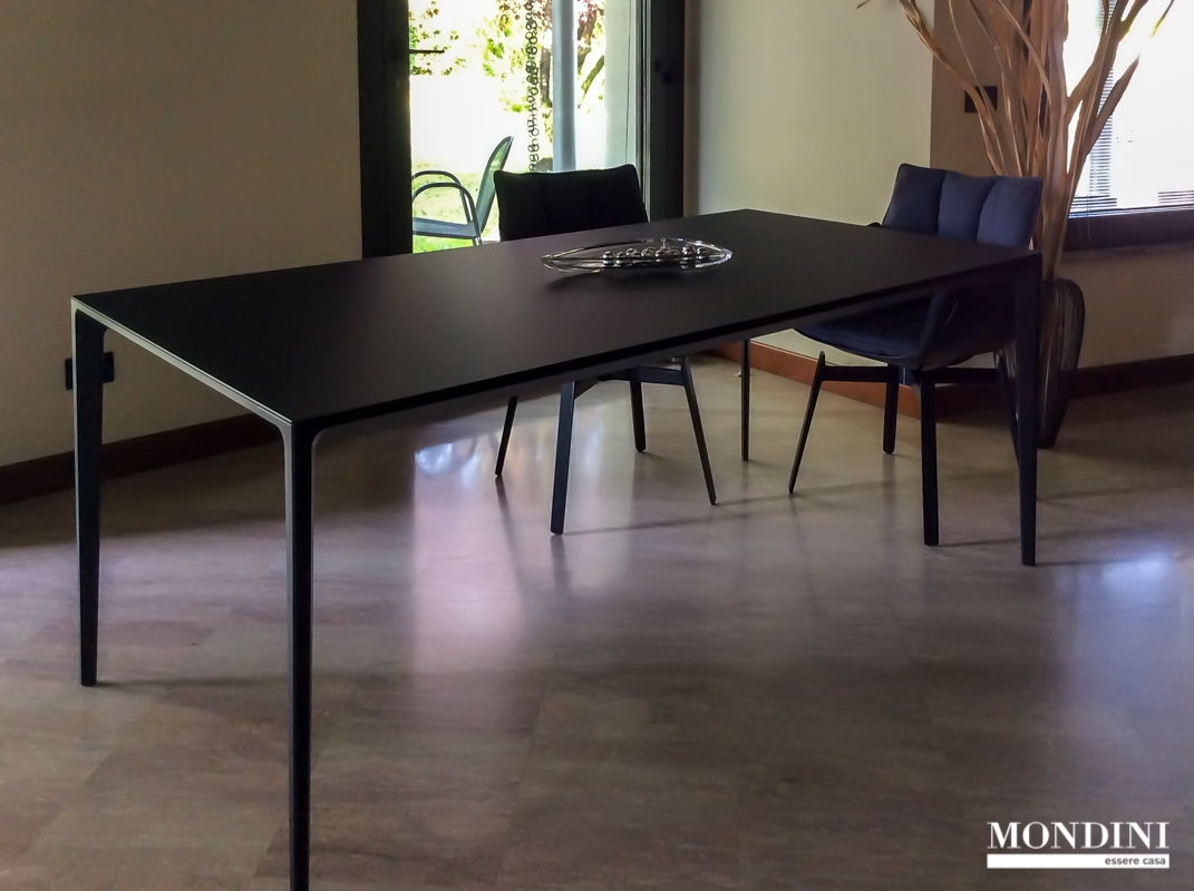 Tavolo di rimadesio modello long island scontato del 22 for Rimadesio outlet