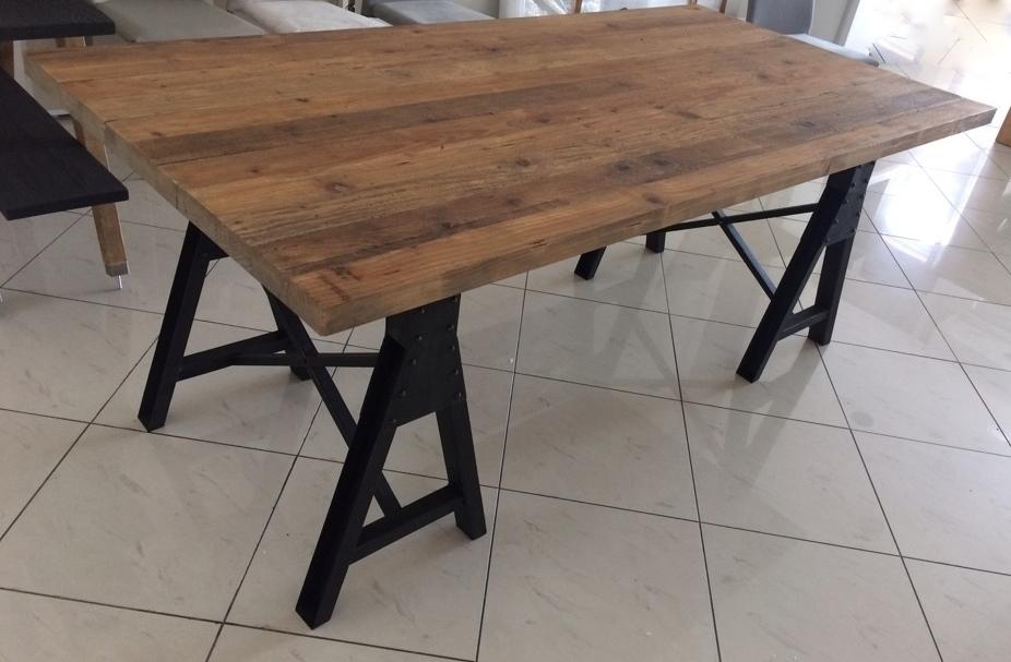 Tavolo Dialma Brown DB 002674 in legno massello riclato e gambe in ...