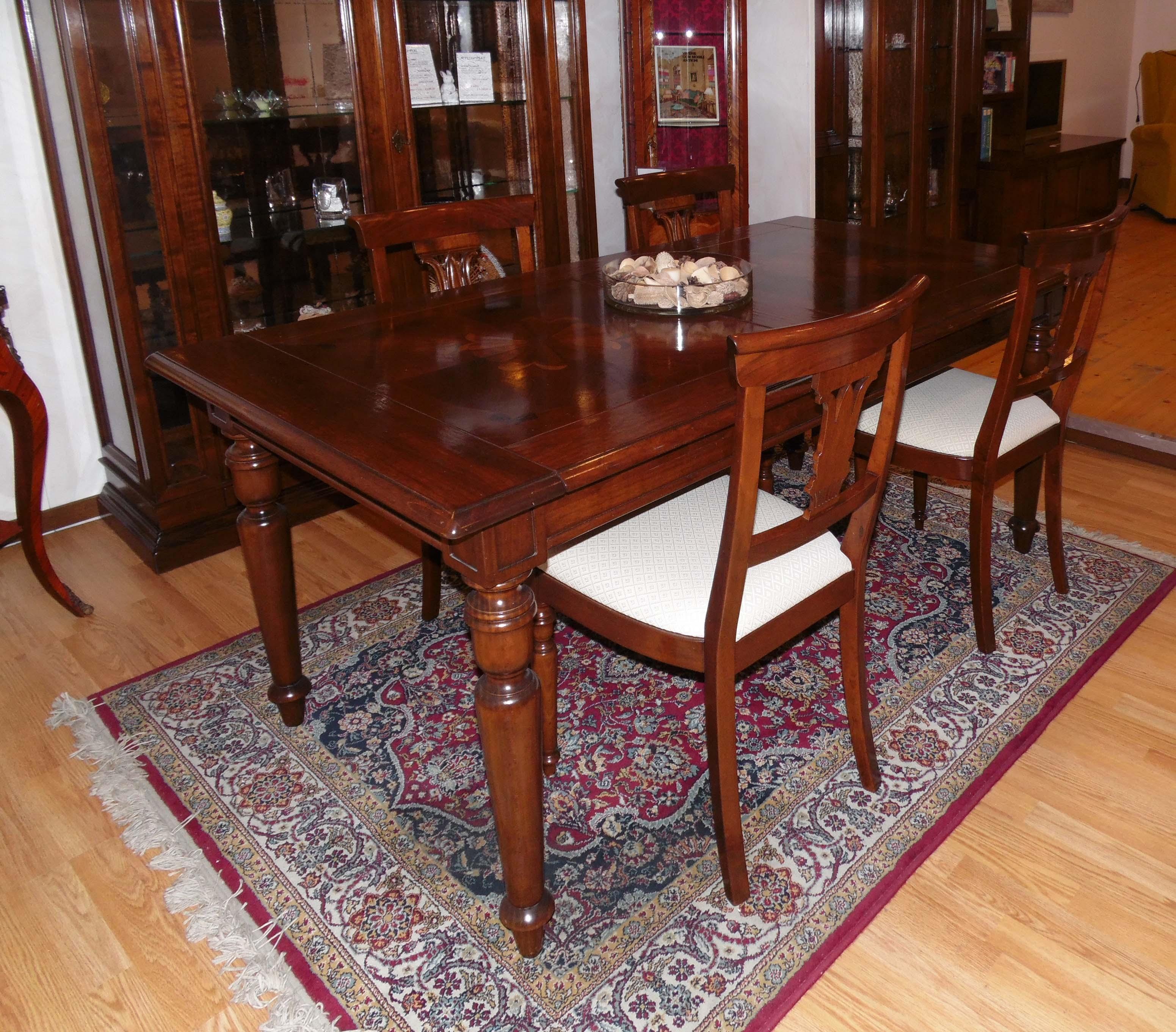 Tavolo e 4 sedie le fablier i lauri rettangolare for Tavoli usati
