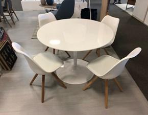 Tavolo e 4 sedie Max La seggiola a prezzo ribassato 50%