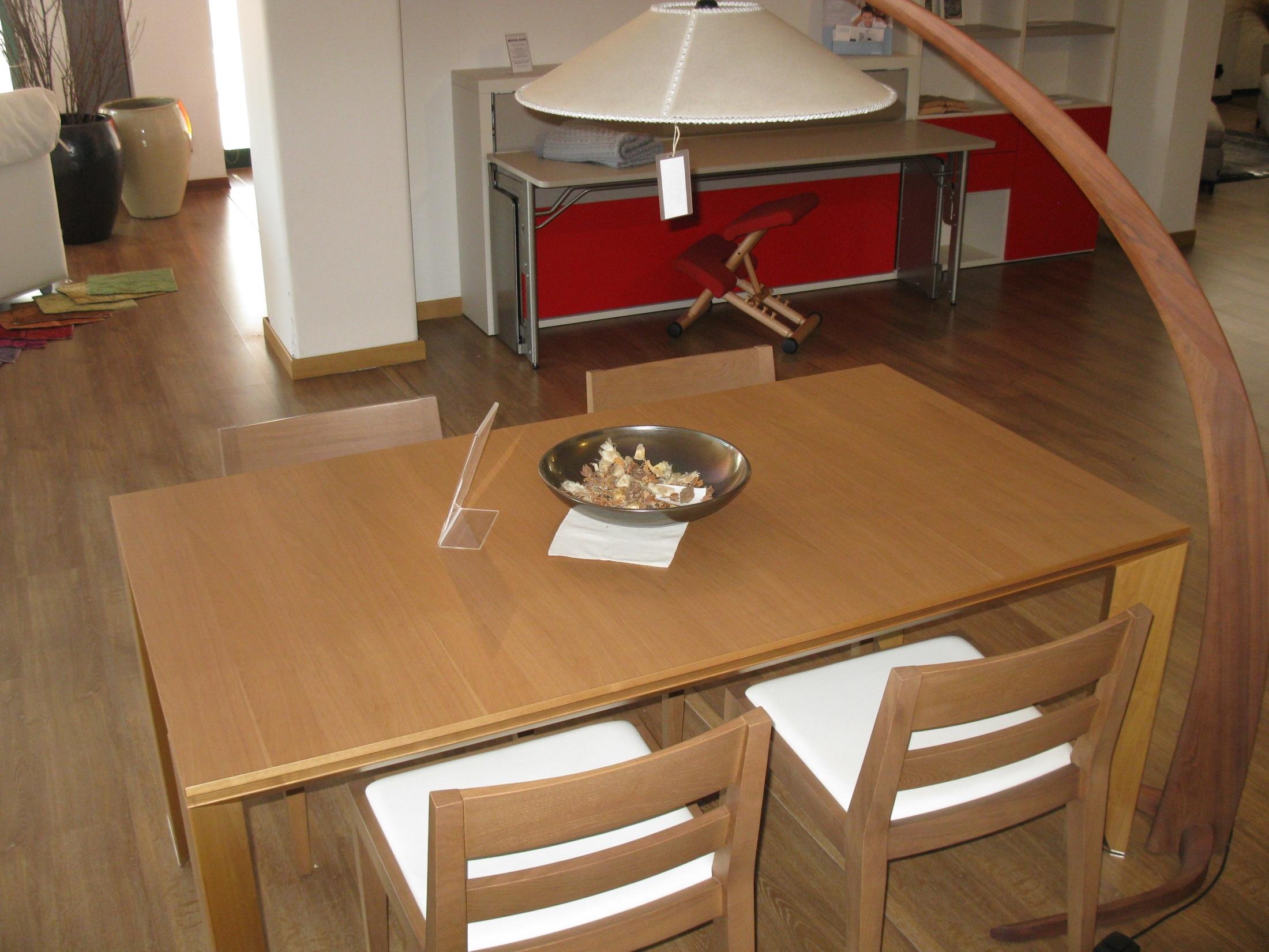 Tavolo e 4 sedie misura emme scontati del 43 tavoli a for Tavolo sedie