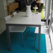 tavolo allungabile e 4 sedie