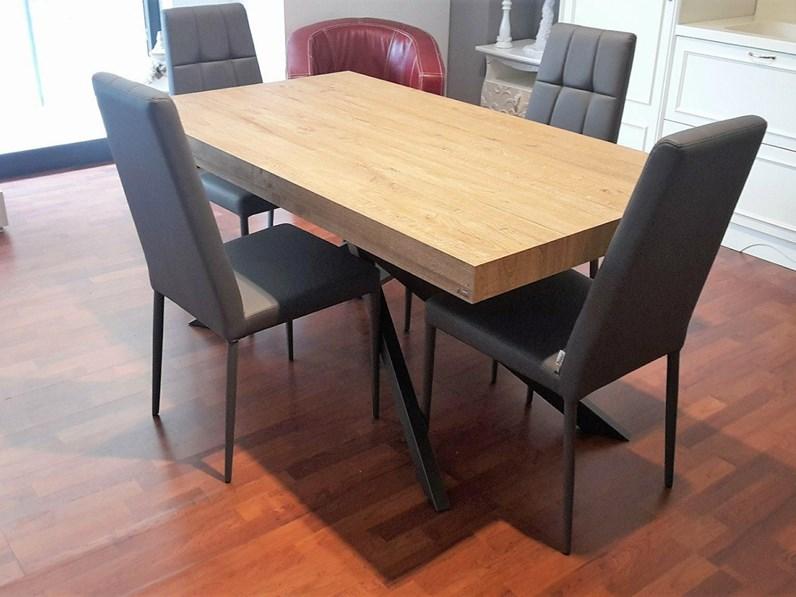 Tavolo e sedie della friulsedie - Tavolo friulsedie ...