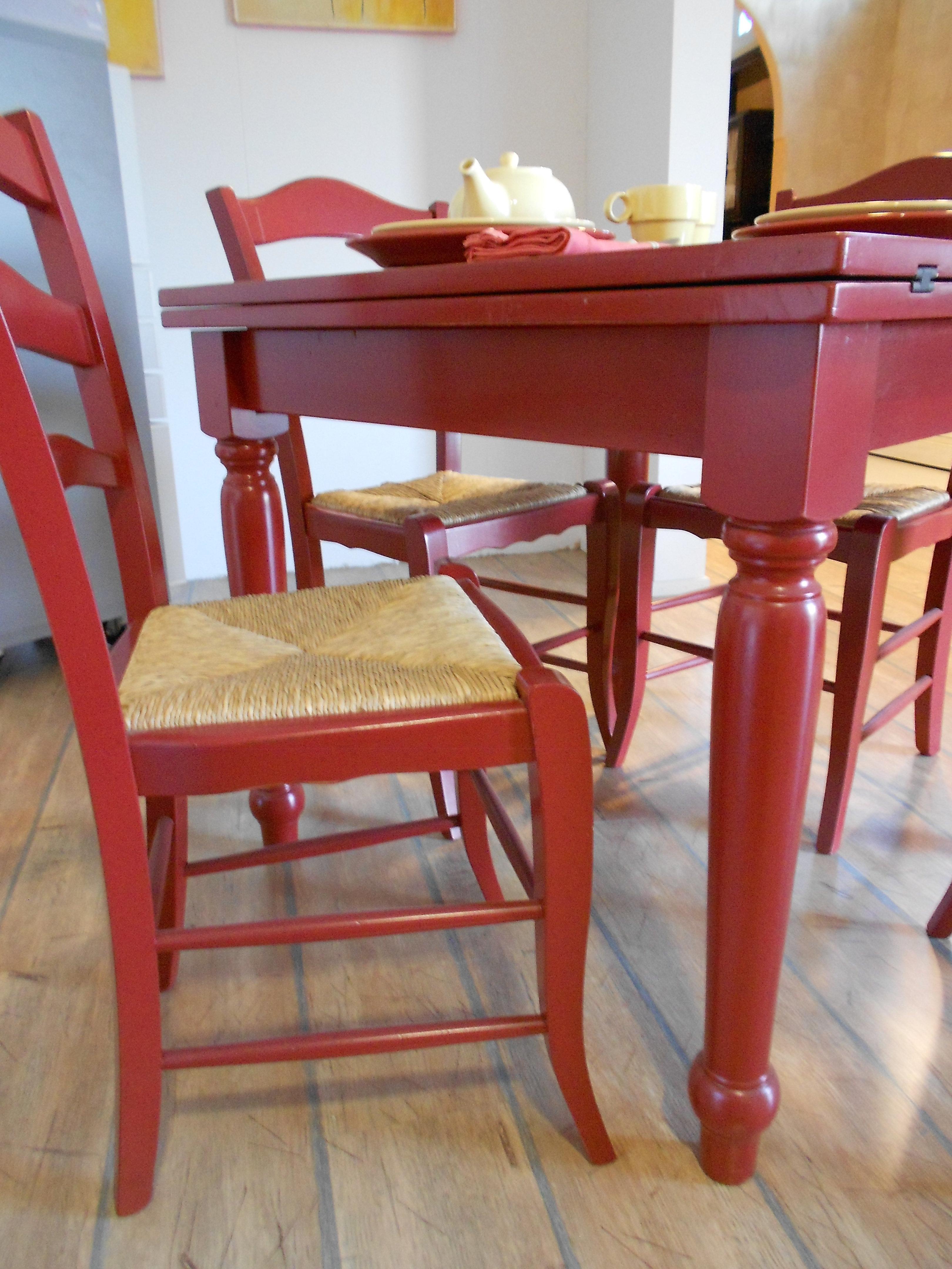 Tavolo e sedie in legno fratelli mirandola scontato del 40 for Offerta sedie legno