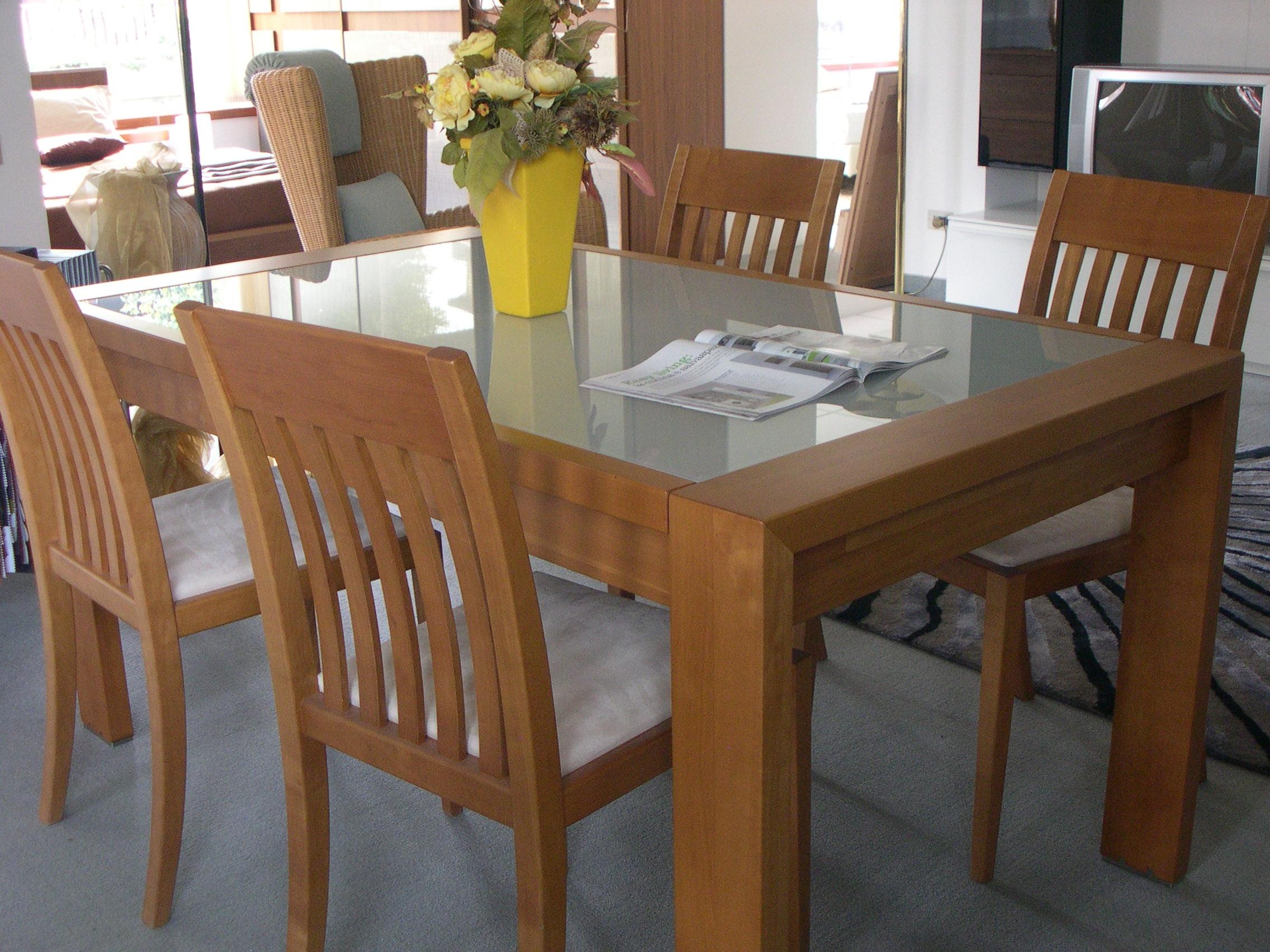 Tavolo equo 4 sedie grattarola tavoli a prezzi scontati for Sedie per soggiorno moderno
